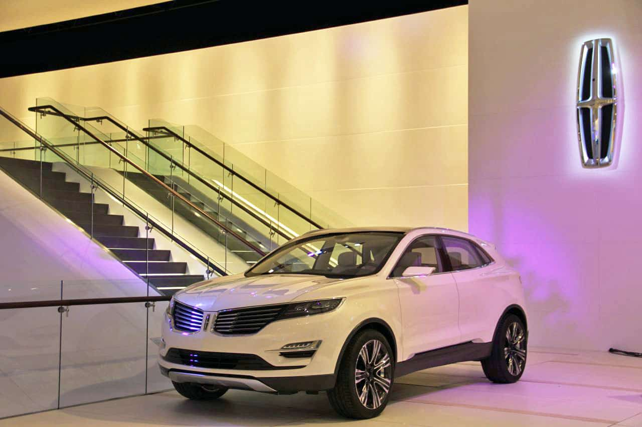 https://www.formtrends.com/wp-content/uploads/2013/01/lincoln-mkc-concept-01.jpg