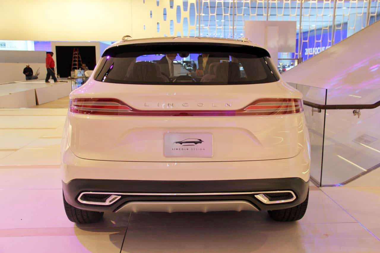 https://www.formtrends.com/wp-content/uploads/2013/01/lincoln-mkc-concept-05.jpg